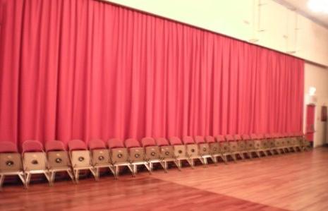 montaje de grandes telones para teatros